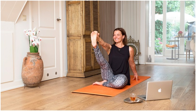 Glo's Online Yoga Can Help You Build Dynamic, Functional Strength